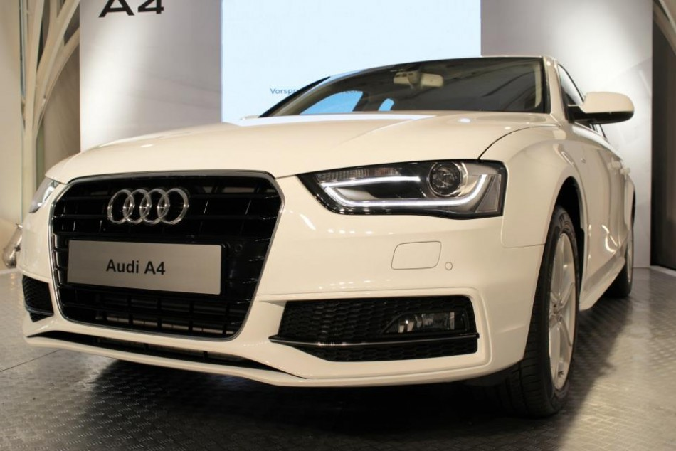audi launches upgraded a4 to woo youngsters slideshow ibtimes india. Black Bedroom Furniture Sets. Home Design Ideas