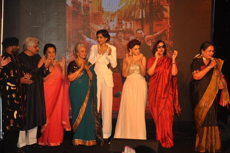 Javed Akhtar,Shabana Azmi,Waheeda Rehman, Asha Parekh,Sonam Kapoor