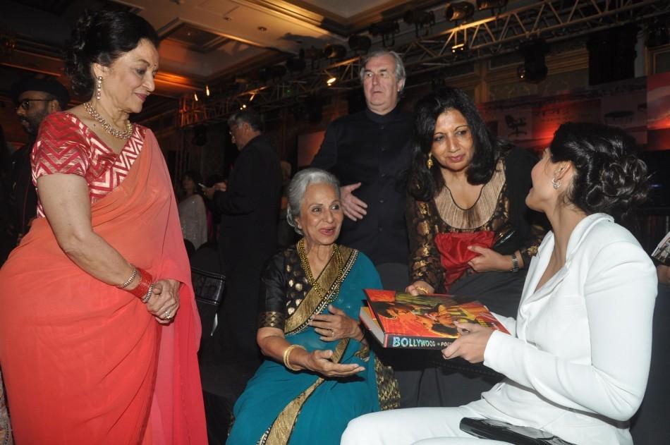 Waheeda Rehman, Asha Parekh,Sonam Kapoor