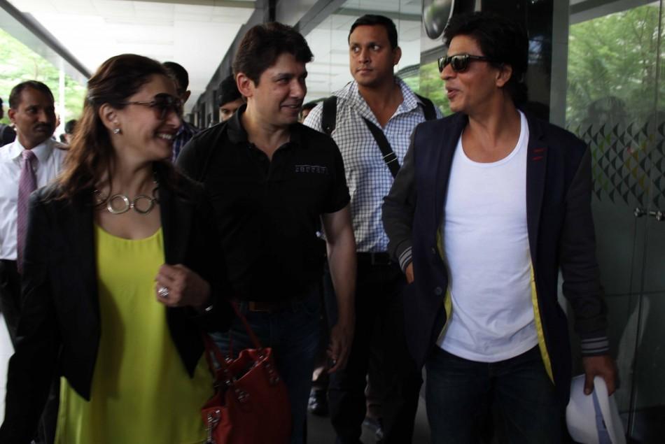 Shah Rukh Khan, Madhuri Dixit.Shriram Nene