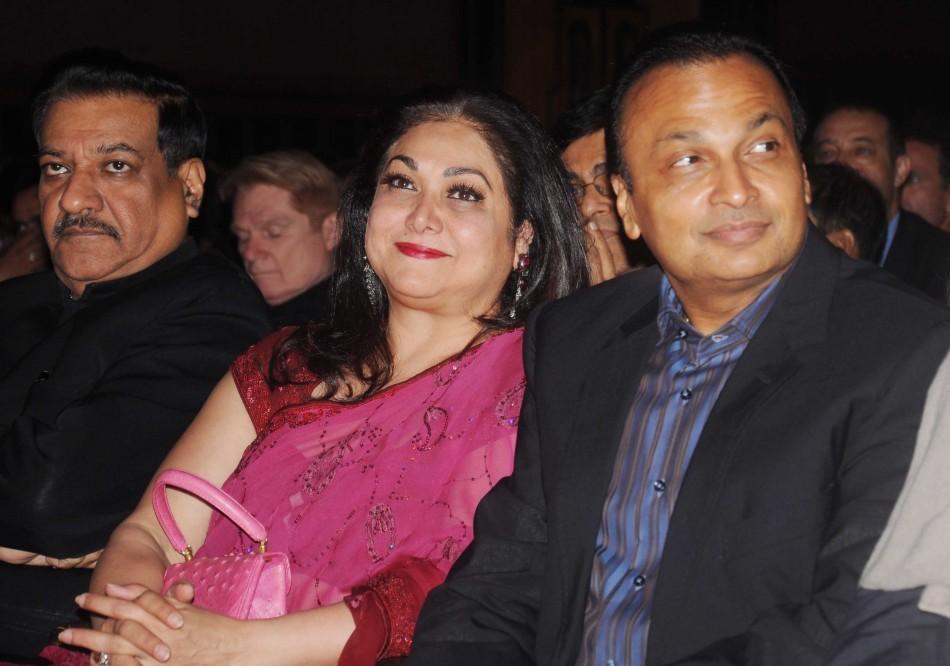 (Right to Left)CM Prithviraj Chavan, Anil Ambani, Nita Ambani