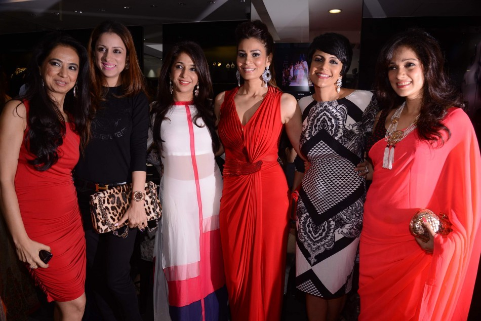 Kiran Datwani, Ruble Nagi, Krishika Lulla, Shaheen Abbas, Mandira Bedi, Vidya Malvade
