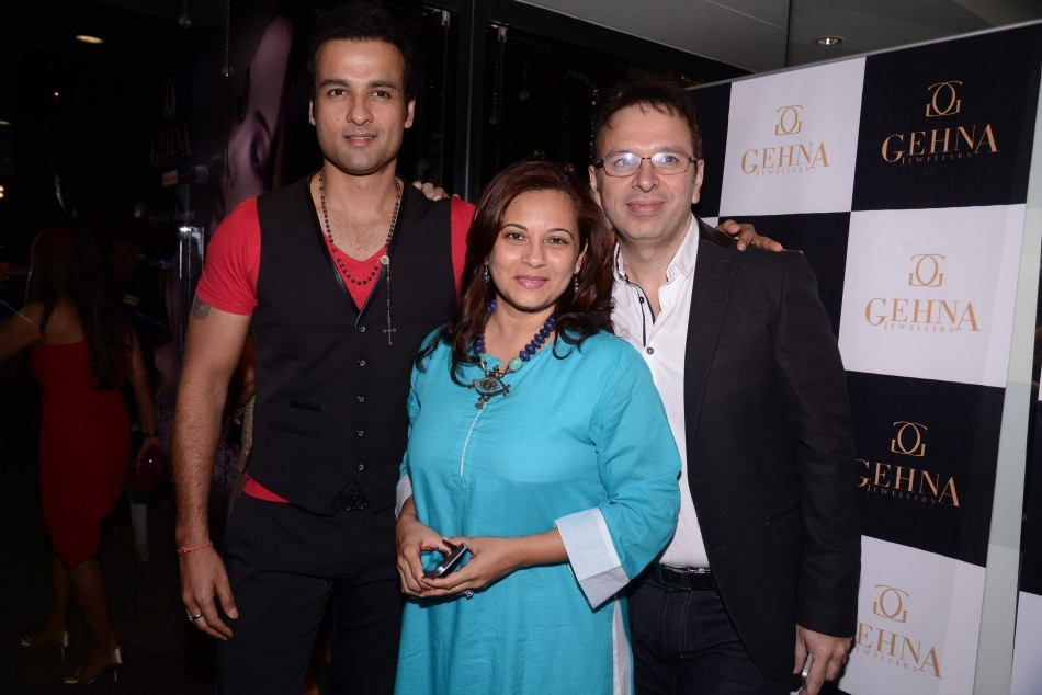 Rohit Roy, Mansi Roy, Shaheen Abbas