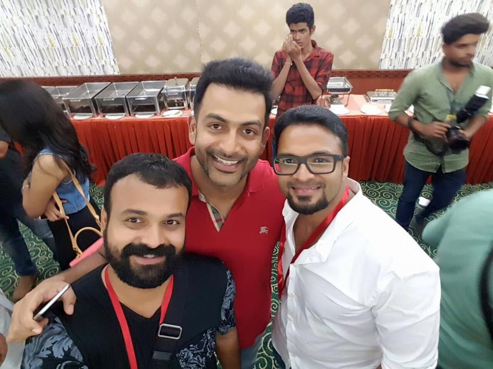 AMMA general body meeting,Malayalam actors selfies,Mammootty,mohanlal,nivin pauly,aju varghese,malayalam actors photos,Prithviraj
