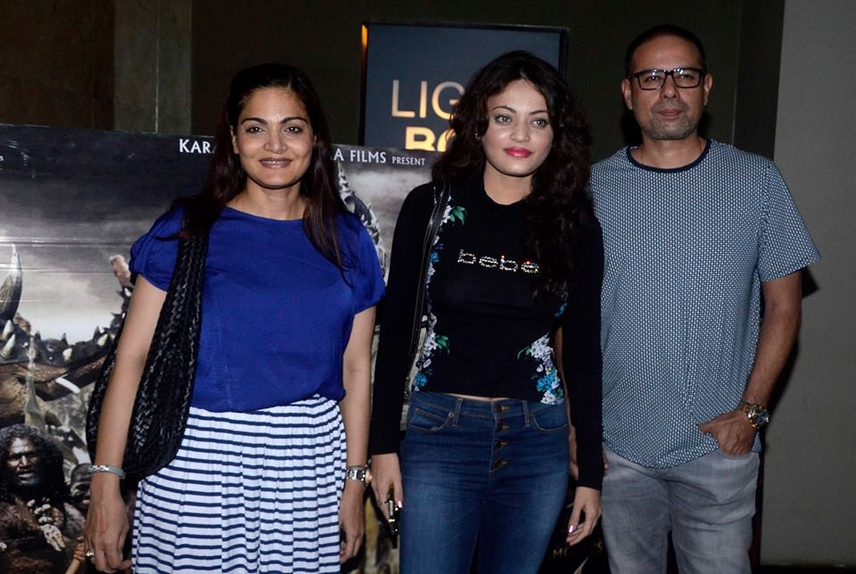 Salman Khan watch Baahubali Movie,Varun Dhawan watch Baahubali Movie,Elli Avram watched Baahubali Movie,Salman Khan,Varun Dhawan and Elli Avram watched Baahubali Movie,Special Screening of Baahubali at Lightbox,Baahubali  Special Screening,salman khan,Va