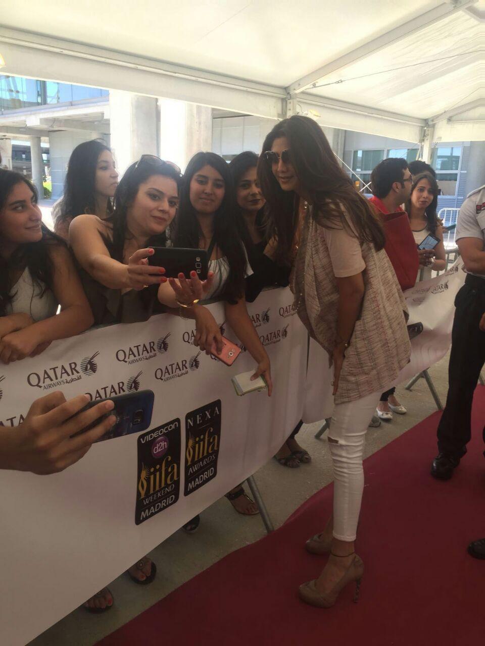 IIFA 2016,IIFA 2016 live,Bollywood celebs IIFA 2016,Shahid Kapoor,Shilpa Shetty,Sonakshi Sinha,Bipasha Basu,Karan Singh Grover,IIFA 2016 pics,IIFA 2016 images,IIFA 2016 photos,IIFA 2016 stills,IIFA 2016 pictures