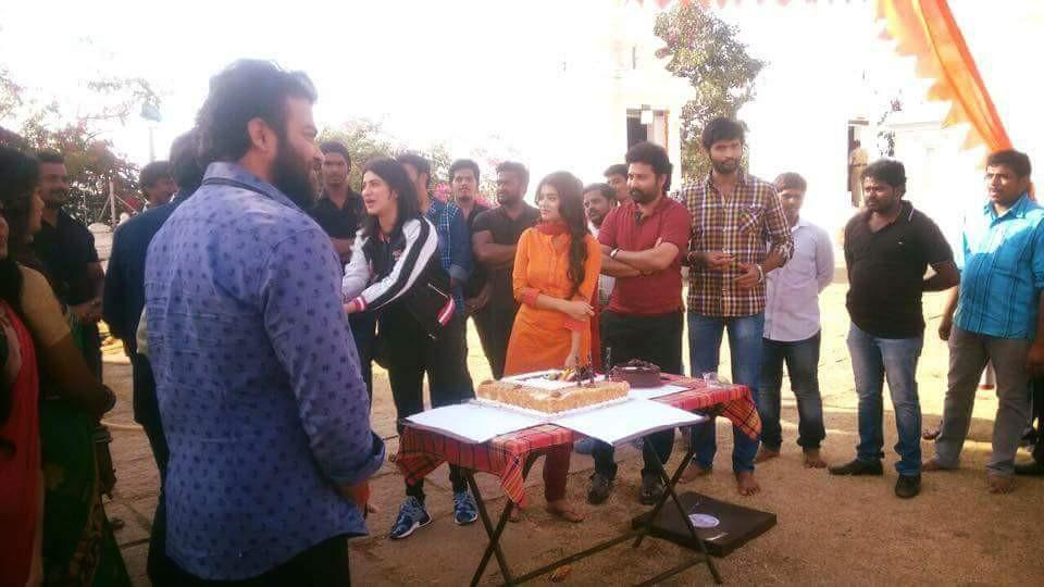 Shruti Haasan,actress Shruti Haasan,Shruti Haasan birthday,Shruti Haasan birthday celebrations,Shruti Haasan birthday celebrations on Katamarayudu,Katamarayudu,Katamarayudu on the sets,pawan kalyan