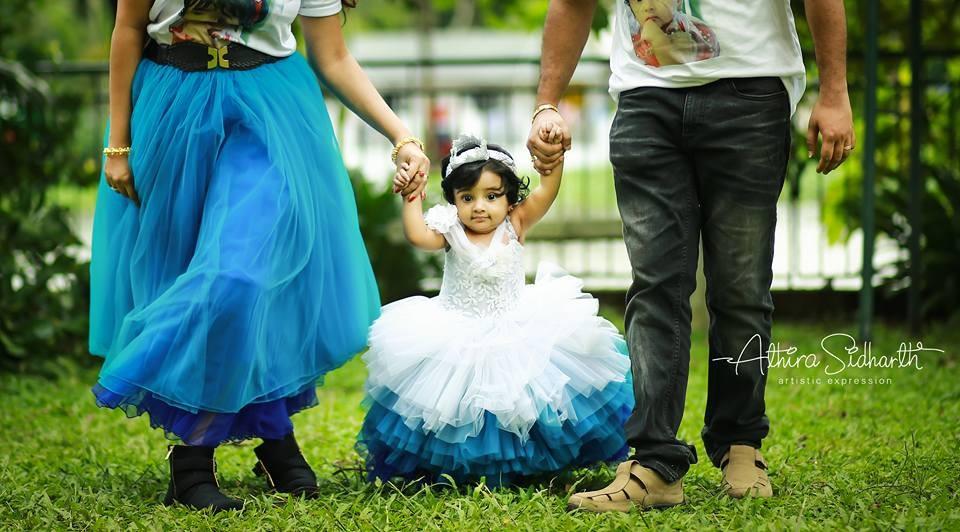 Muktha,Muktha family photos,Muktha daughter,Muktha daughter photos,Muktha rinku tomy,rimi tomy,Muktha daughter first birthday