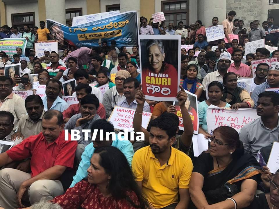 Journalist Gauri Lankesh death,Gauri Lankesh death,Gauri Lankesh,gauri lankesh killed,Protest at town hall,Gauri Lankesh Protest
