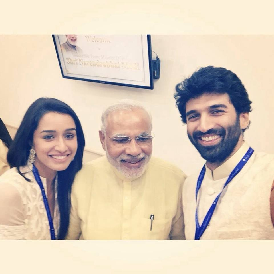 Aditya Roy Kapur and Shraddha Kapoor with Narendra Modi