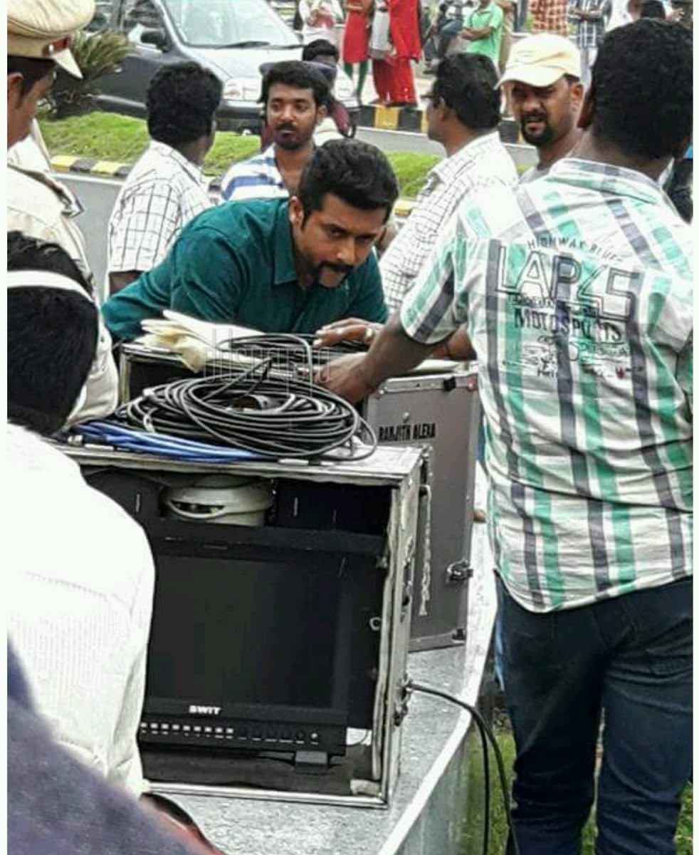 Singam 3,Suriya,Shruti Haasan,Suriya and Shruti Haasan,Singam 3 working stills,Singam 3 working pics,Singam 3 working images,Singam 3 working photos,Singam 3 working pictures
