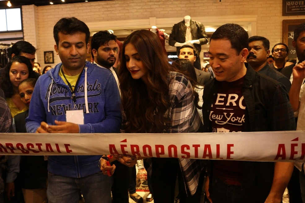 Sonam Kapoor,Aeropostale Store launch,Sonam Kapoor at Aeropostale Store launch,Aeropostale Store launch in India,Aeropostale Store,actress Sonam Kapoor,Sonam Kapoor latest pics,Sonam Kapoor latest images,Sonam Kapoor latest photos,Sonam Kapoor latest stil