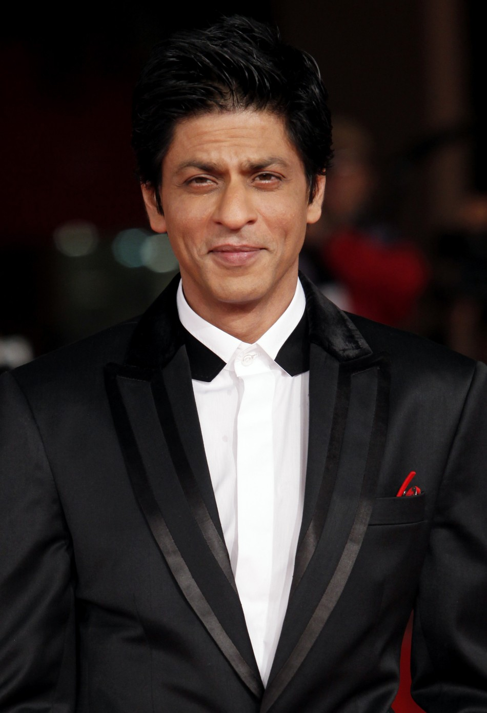 Shah Rukh Khan Instructed to Get Eight-Pack Abs For Farah ...