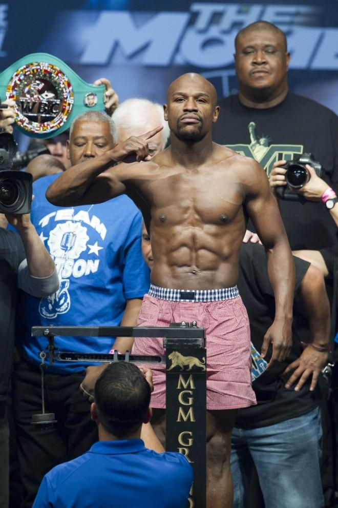 Boxing News: Watch Floyd Mayweather and Manny Pacquiao Meet for Talks over Mega Fight [Video]