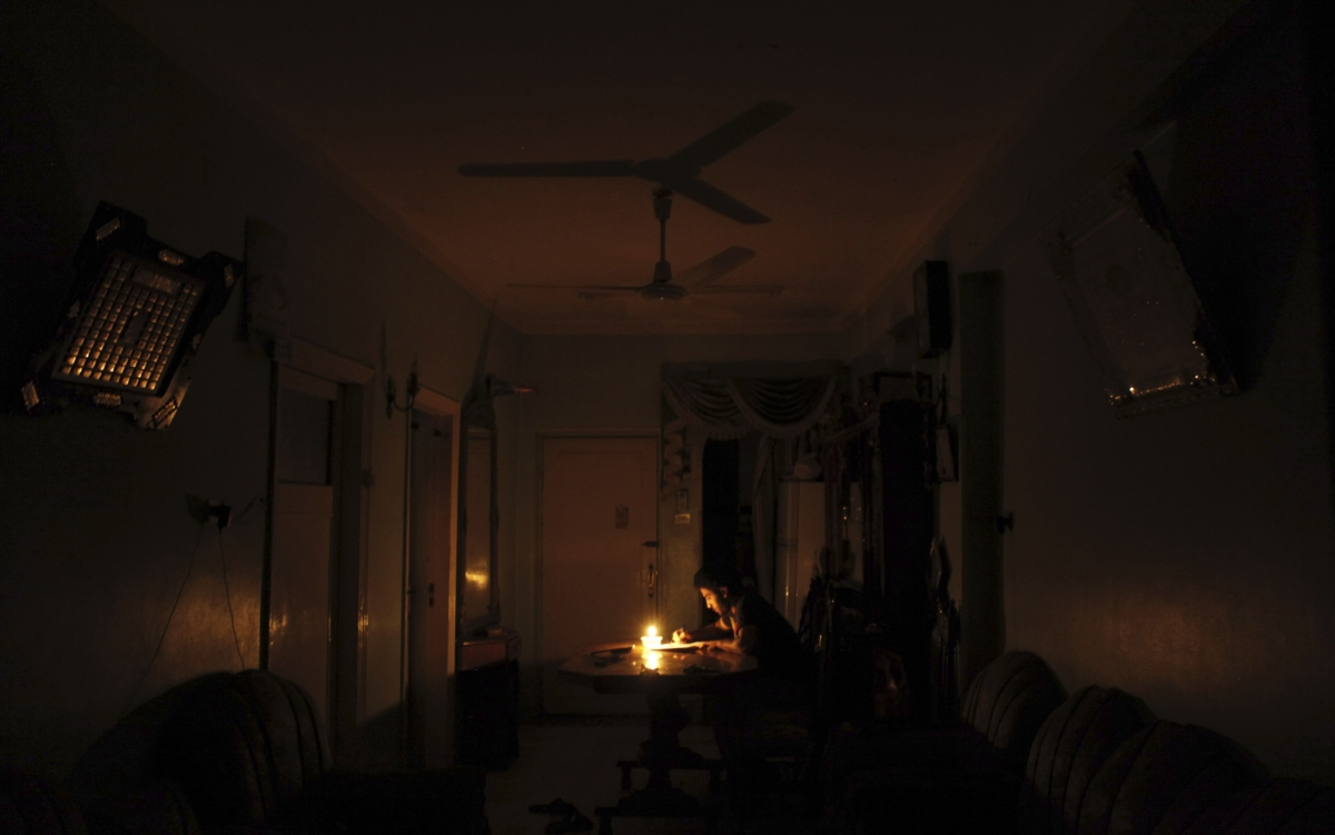Ap Telangana Reel Under Unscheduled Power Cuts Thermal