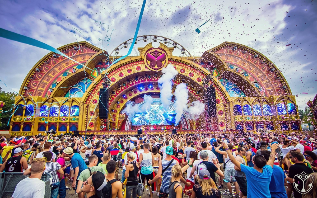 world 39 s popular music festival tomorrowland to debut in india ibtimes india. Black Bedroom Furniture Sets. Home Design Ideas