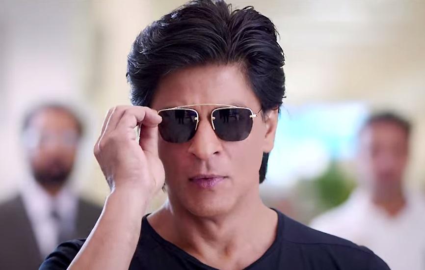 On Eid Shah Rukh Khan Introduces Son Abram To The World
