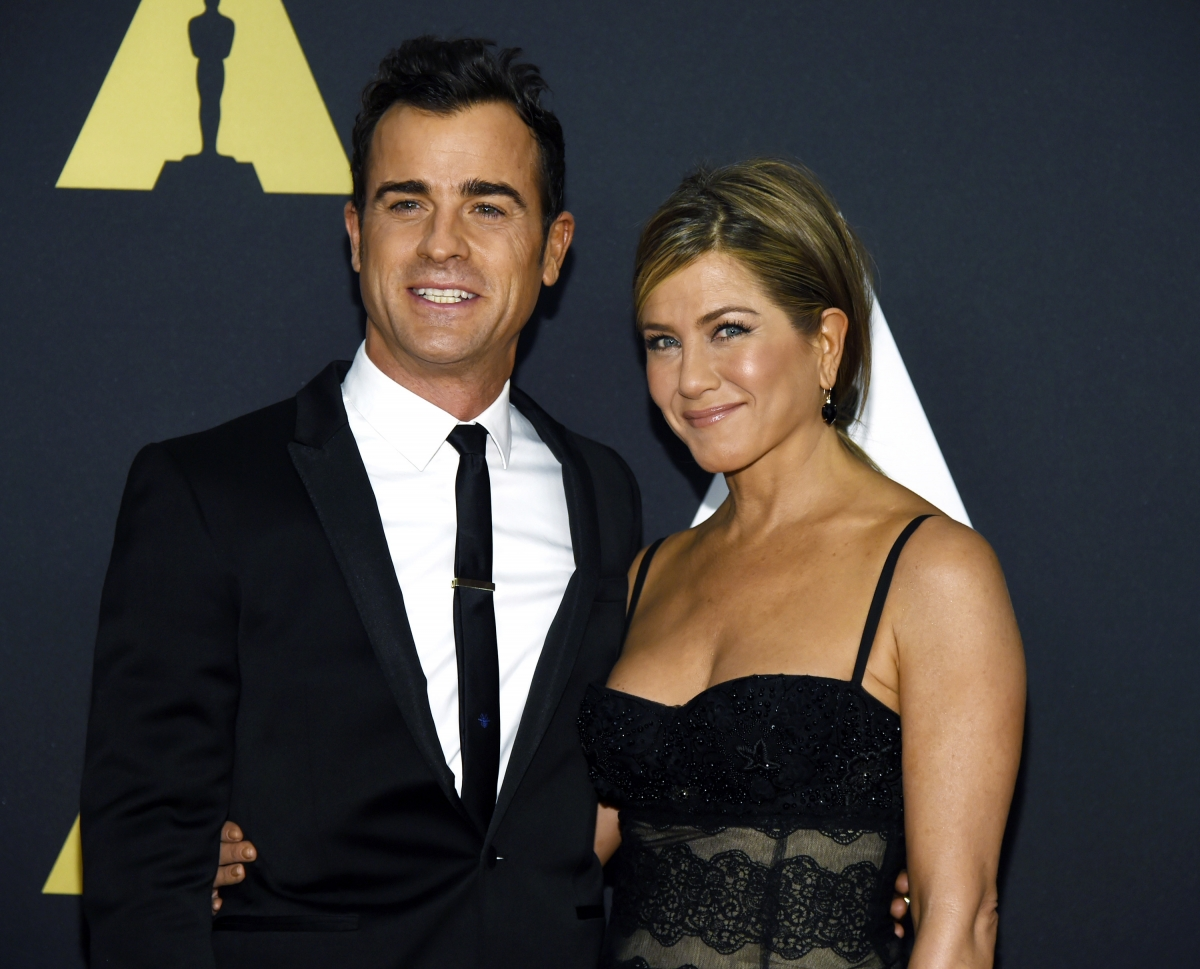 Jennifer Aniston-Justin Theroux Split Hoax: Actress Not
