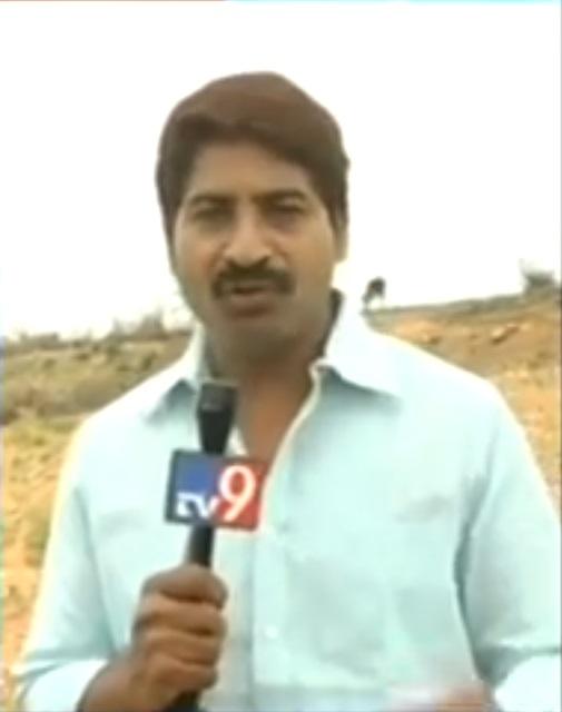 Telugu TV 9 News Anchor Badri Dies in Road Accident: Celebs
