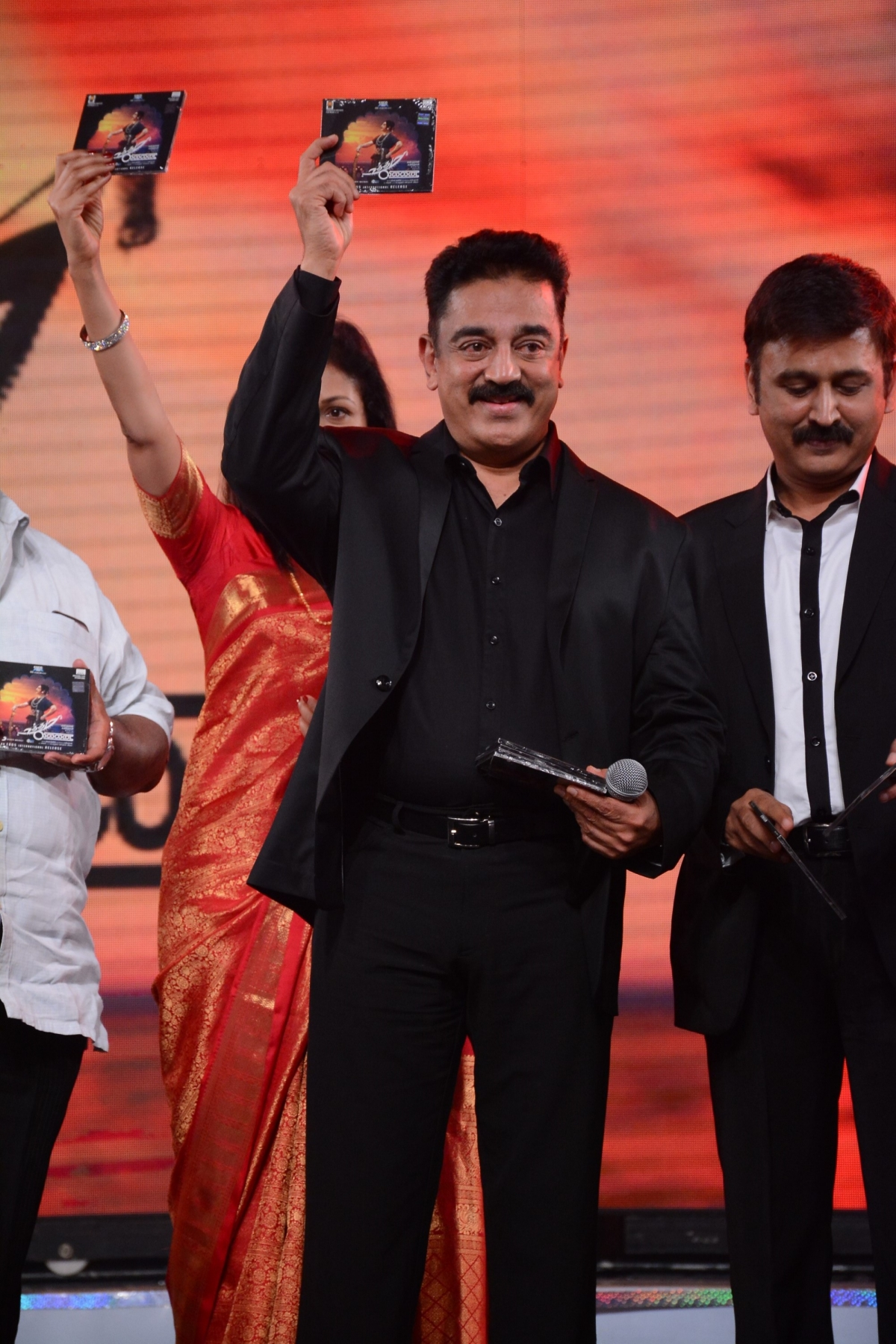 Uthama Villain: Kamal Haasan's first look unveiled ...