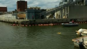 earth-day-2015-activist-swims-in-polluted-new-york-city-canal