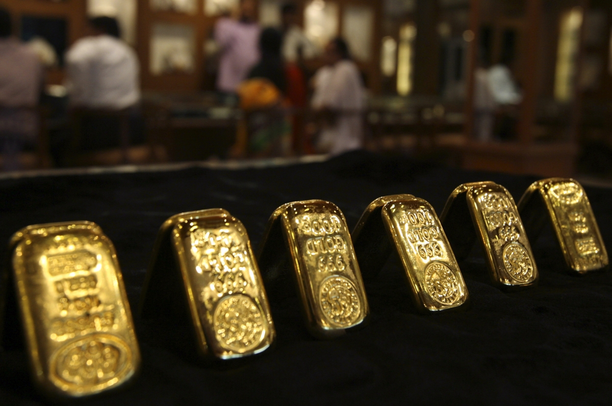 Gold Prices End Flat On Weak Demand Global Cues Ibtimes