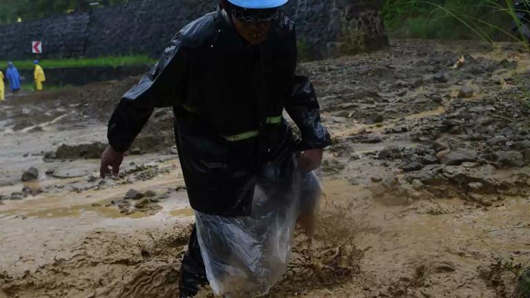 Typhoon Haima slams the Philippines just days after Typhoon Sarika killed 3