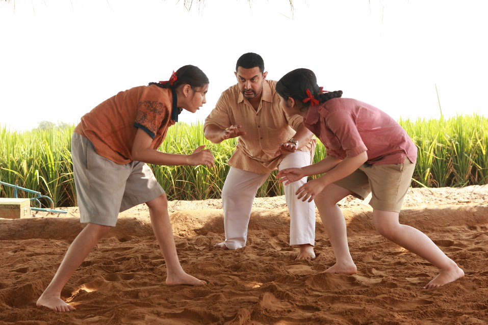 Dangal Full Movie Leaked On Facebook Pakistani Uploader Calls It