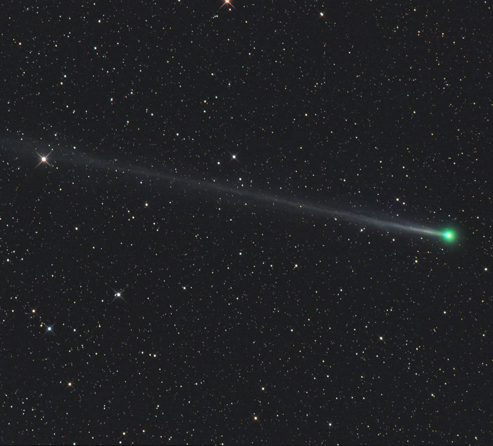 [VIDEO] Watch the amazing Green Comet 45P and Penumbra ...