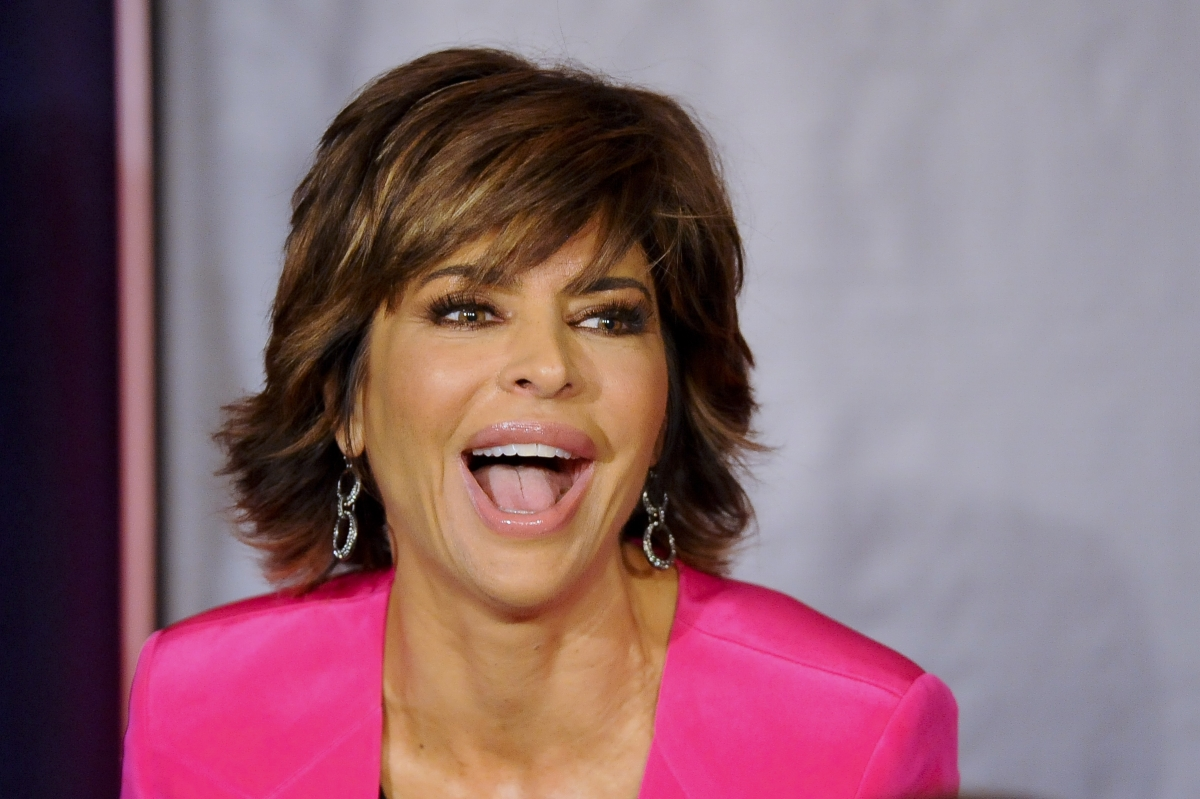 Lisa Rinna Posts Naked Selfie On Instagram, Real