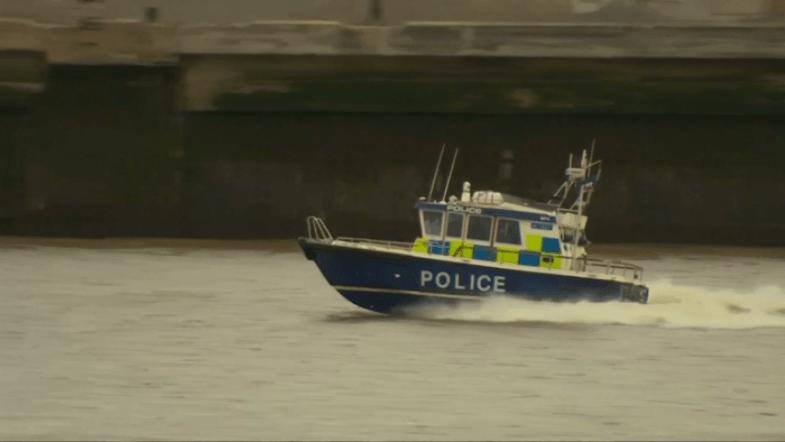 Met police simulate terrorist hijacking on Thames tourist boat