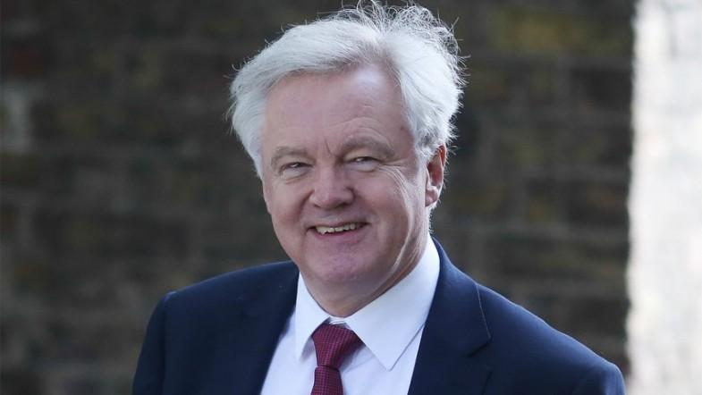 David Davis says UK will not be paying £100bn Brexit divorce bill