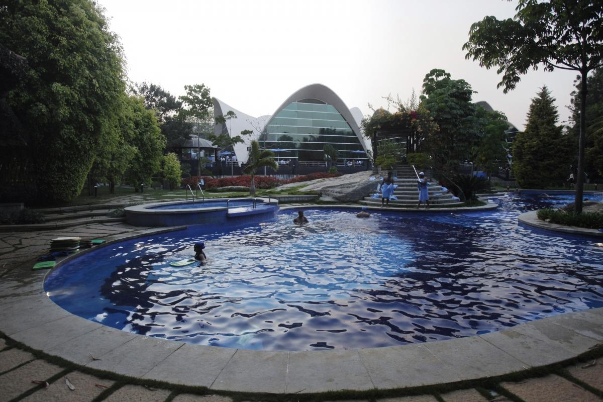 It jobs india 39 s loss is america 39 s gain wipro infosys - Club mahindra kandaghat swimming pool ...