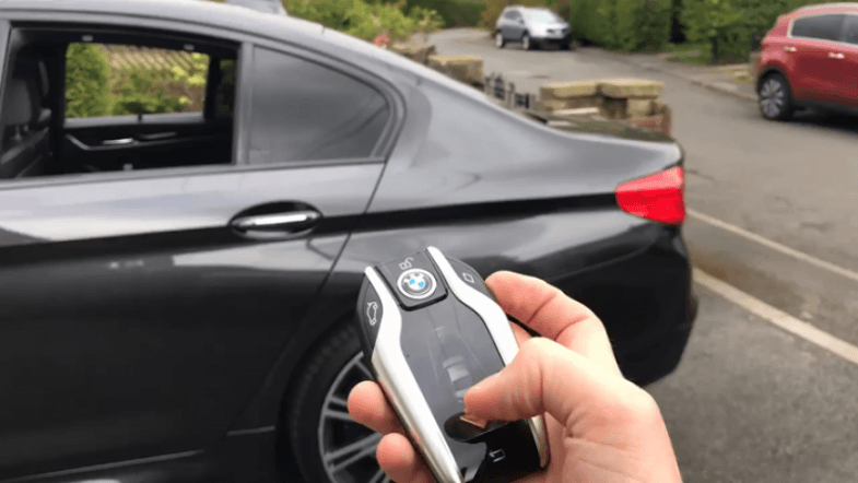 BMW 5-Series Remote Control Parking