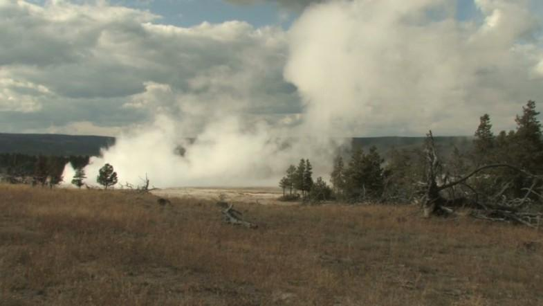 Yellowstone supervolcano hit by hundreds of earthquakes