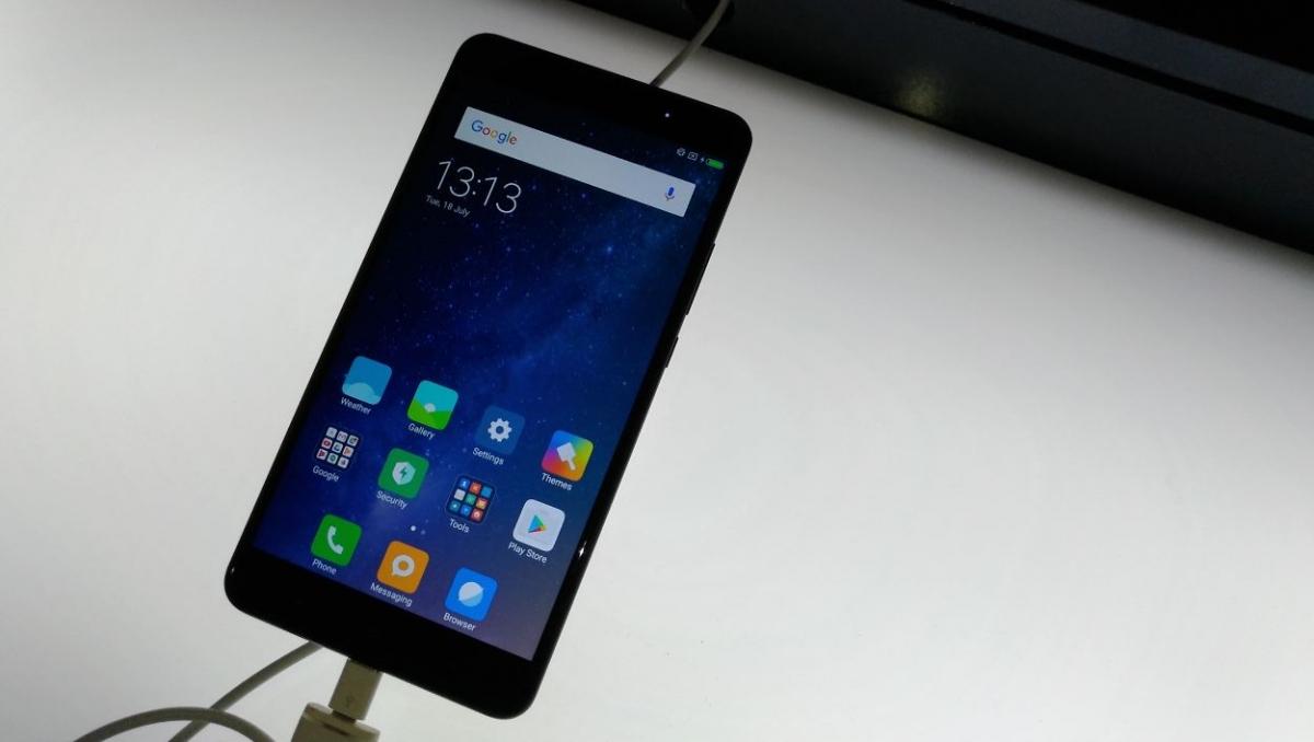 4f8c65d7699 Xiaomi Mi Max 2 or Google Pixel  Buyers can get Mi Max 2 for Rs ...