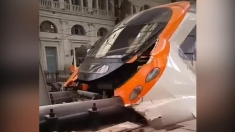 Commuter train crash in Barcelona station injures 48