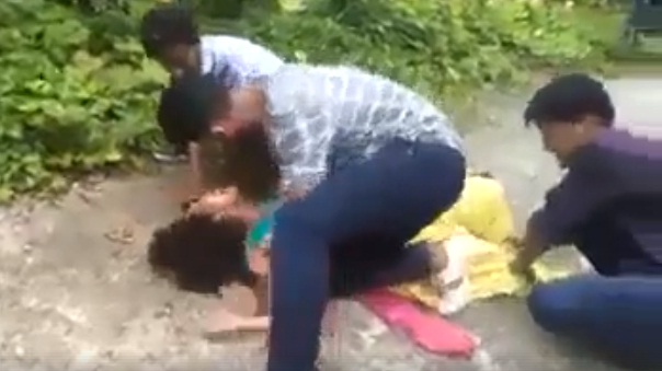 Viral Video 3 Men Gang Rape Girl In Kerala Or Is It Just A Film Shooting Watch -9094
