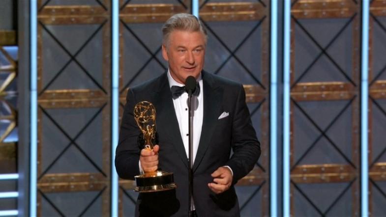 Alec Baldwin offers Emmy win to President Trump