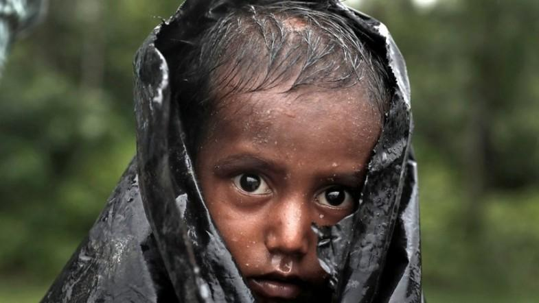 Over 300,000 Rohingya children outcast and desperate amid refugee crisis