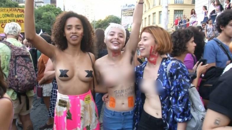 Women take to the streets of Rio in protest of proposal to ban all abortions
