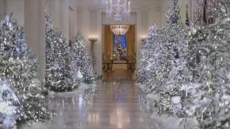 Melania Trump White House Christmas Decorations >> Melania Trump becomes butt of trolls as Twitter's convinced White House is 'haunted' - IBTimes India