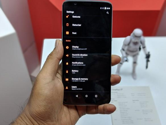 OnePlus 5T Star Wars Limited Edition First Look