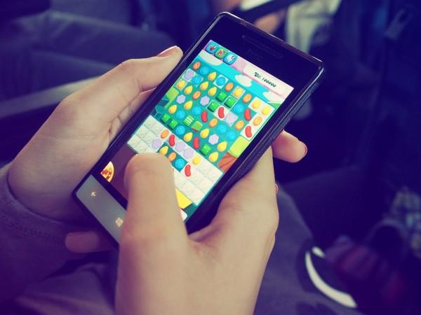 Candy Crush lovers, beware! This woman lost her boyfriend, job and  thousands of pounds because of it - IBTimes India