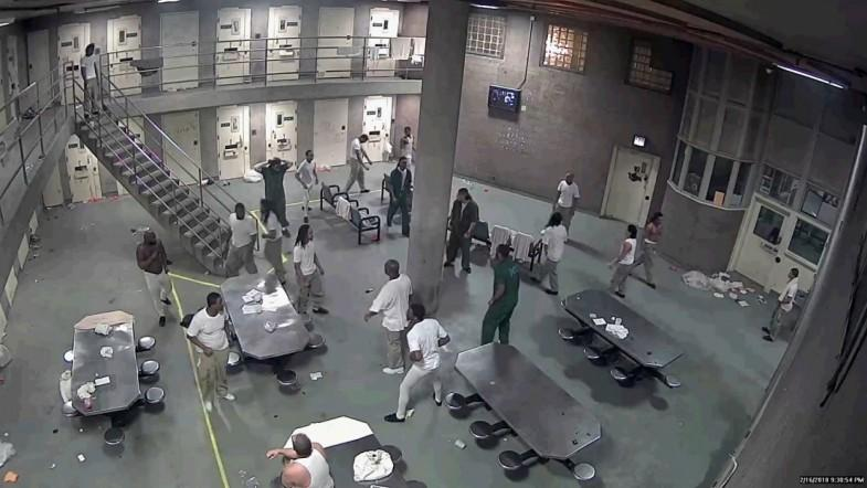 16 detainees face mob action charges after Cook County Jail fight