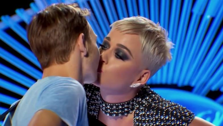 Katy Perry stole American Idol contestants first kiss