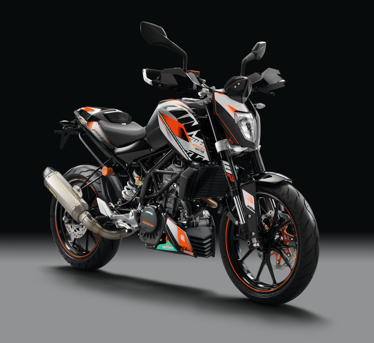 2018 ktm 200 duke ditches underbelly exhaust revealed at. Black Bedroom Furniture Sets. Home Design Ideas