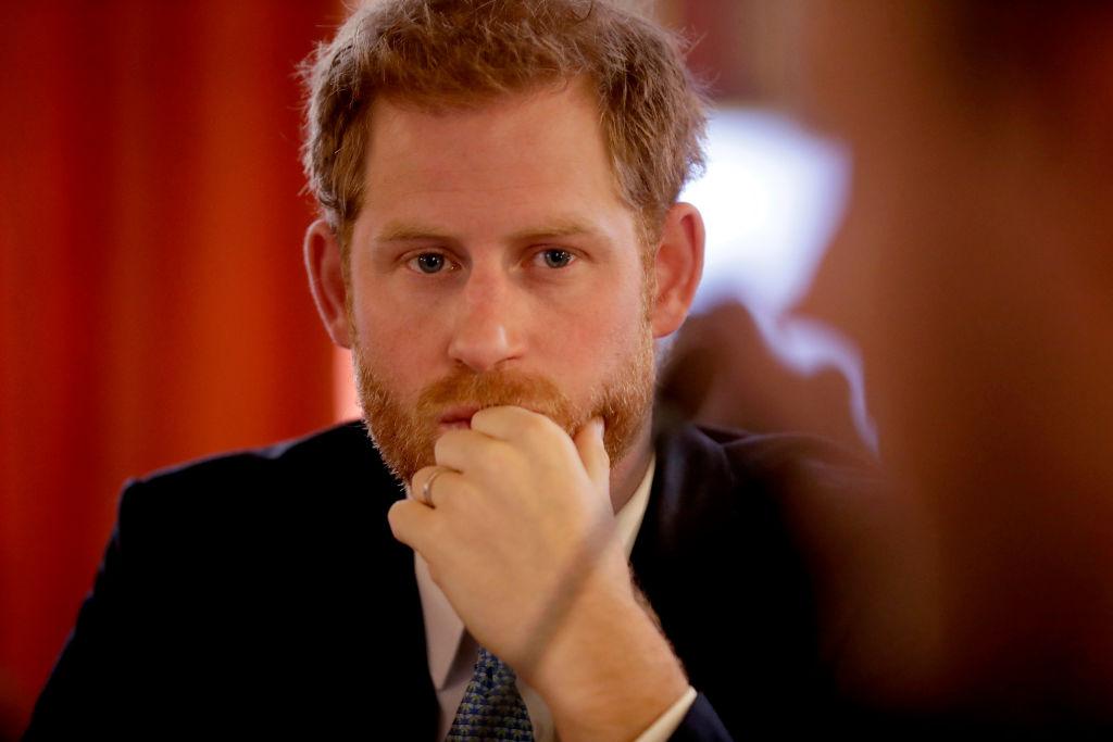 Britons shrug off nude photos of UKs Prince Harry in Las