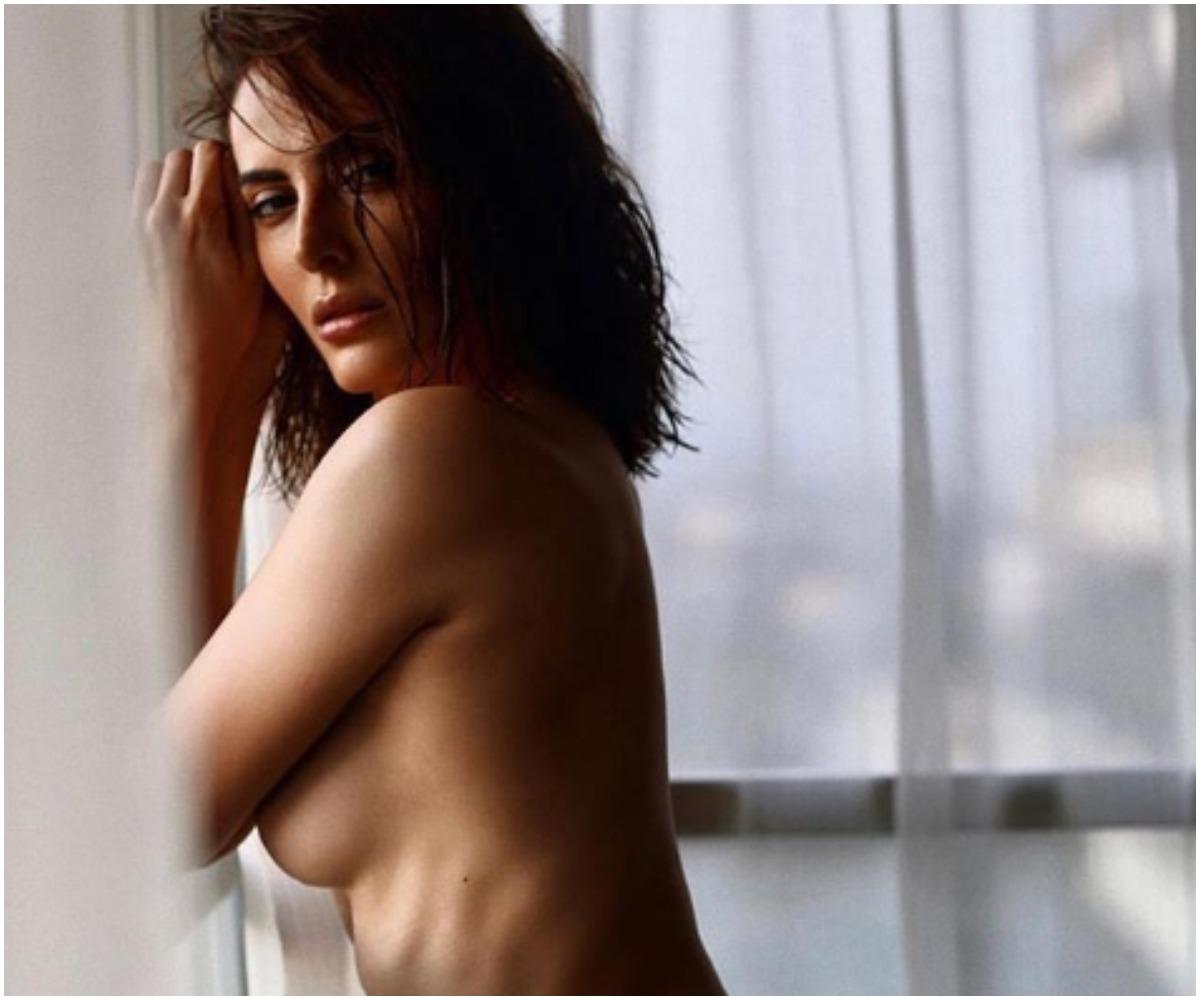 Kari corbett naked porn pics