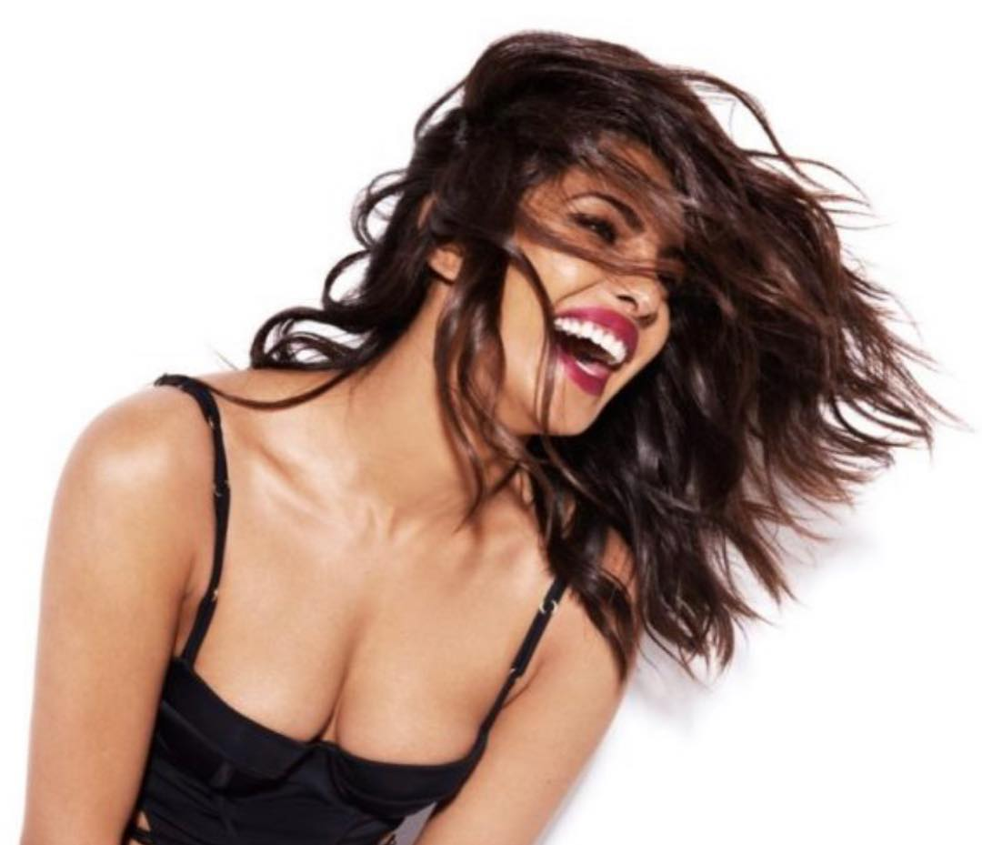 Watch: Pakistani woman yells at Priyanka Chopra calling her hypocrite; this is how she reacts